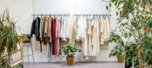 Storing clothes