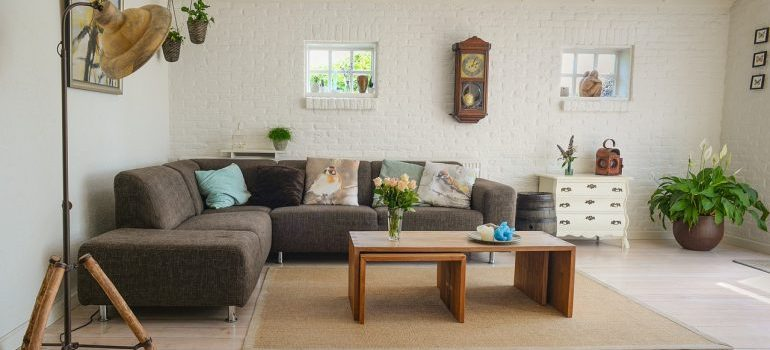 Living room furniture to store with Simplify Storage.