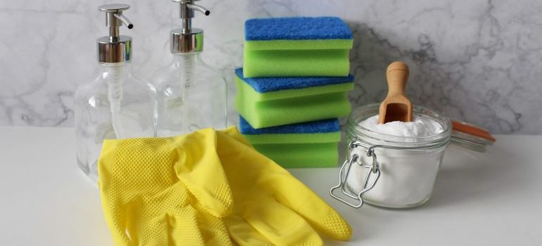 Cleaning supplies to have a tidy home after moving.